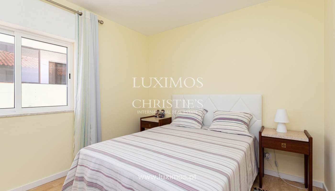 4 bedroom apartment on the 1st line of Armação de Pêra Beach, Algarve_180395