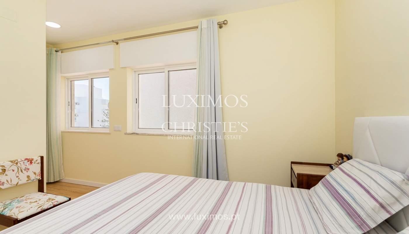 4 bedroom apartment on the 1st line of Armação de Pêra Beach, Algarve_180398