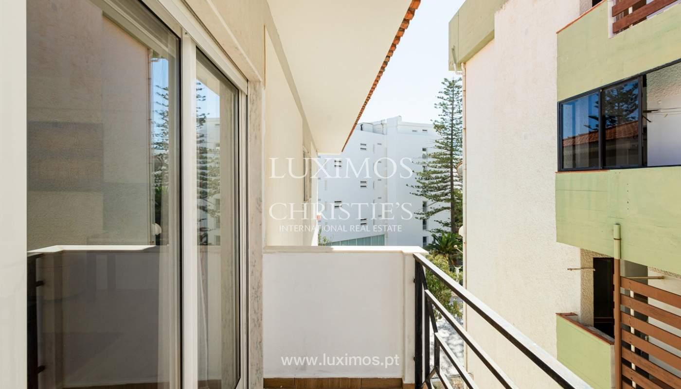4 bedroom apartment on the 1st line of Armação de Pêra Beach, Algarve_180402