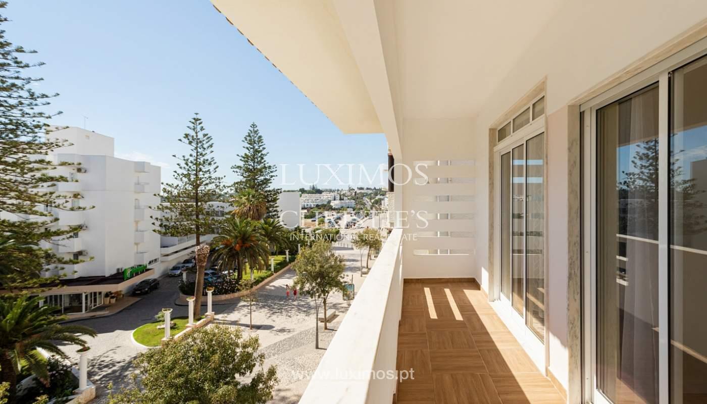 4 bedroom apartment on the 1st line of Armação de Pêra Beach, Algarve_180406