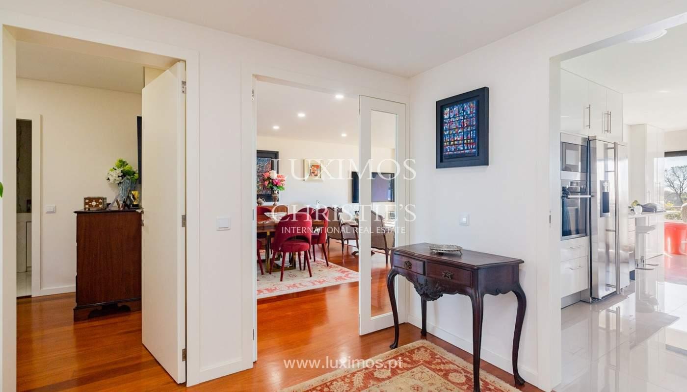 Apartamento renovado com varanda, para venda, na Foz do Douro_180487