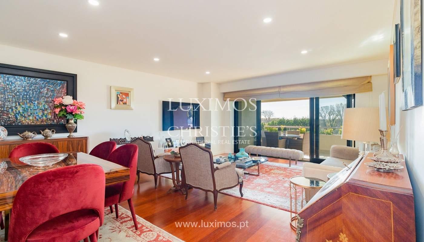 Apartamento renovado com varanda, para venda, na Foz do Douro_180491
