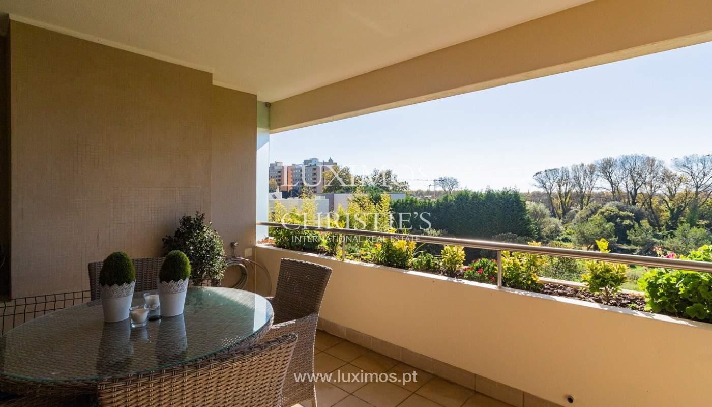 Apartamento renovado com varanda, para venda, na Foz do Douro_180507