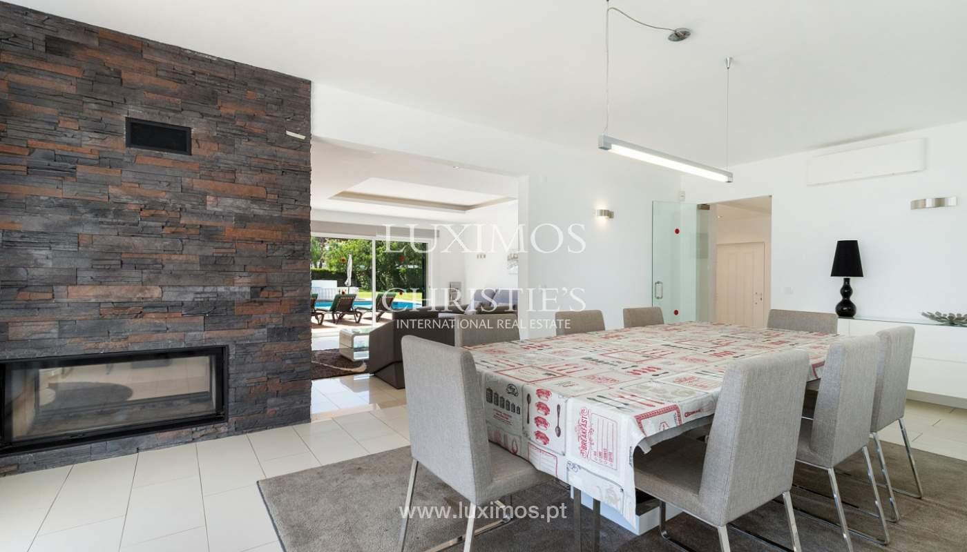 Villa de 4 dormitorios, con piscina y jardín, Albufeira, Algarve_180563