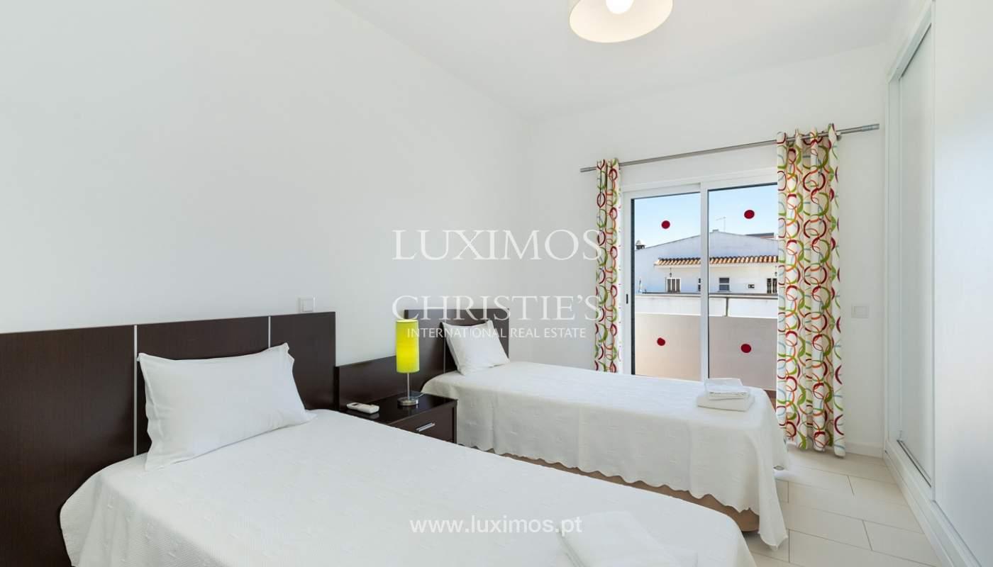 Villa de 4 dormitorios, con piscina y jardín, Albufeira, Algarve_180573