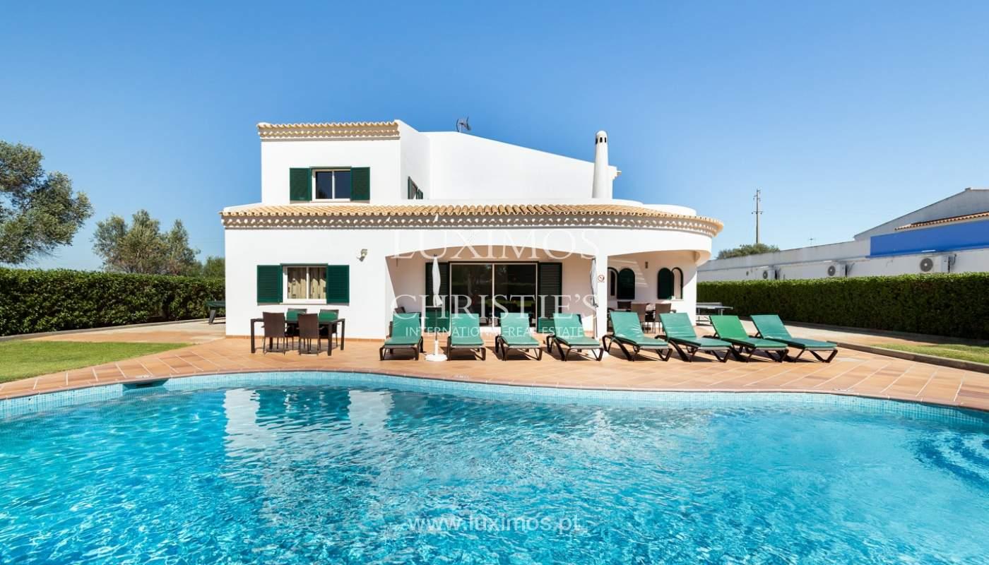 Villa de 4 dormitorios, con piscina y jardín, Albufeira, Algarve_180583