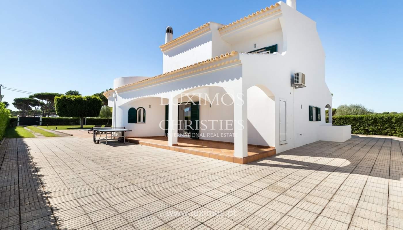 Villa de 4 dormitorios, con piscina y jardín, Albufeira, Algarve_180586