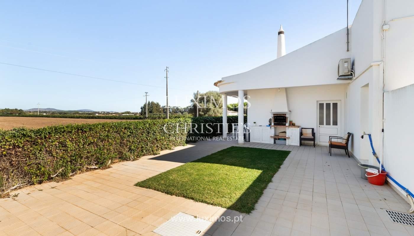 Villa de 4 dormitorios, con piscina y jardín, Albufeira, Algarve_180587