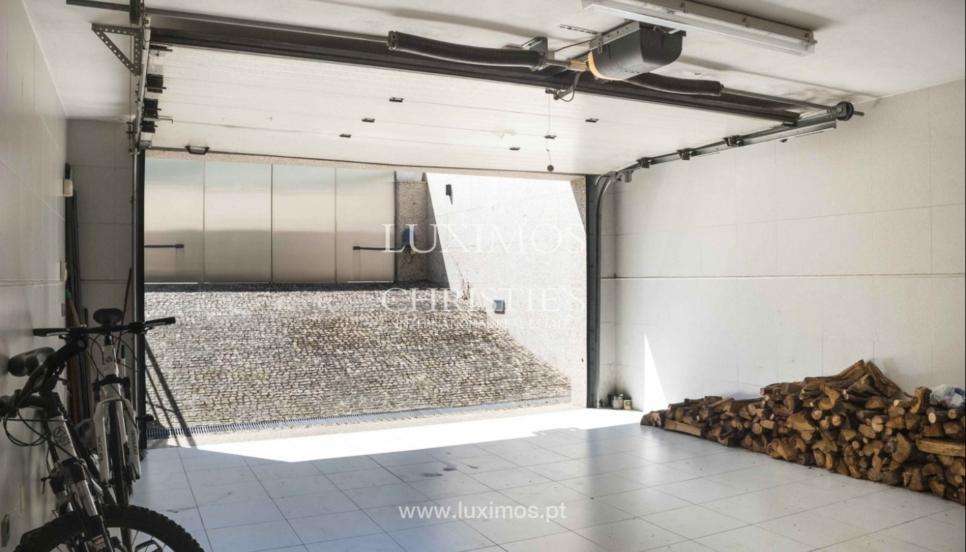 Contemporary house for sale with terrace, close to golf, Porto, Portugal_18441