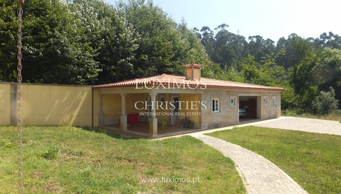 Modern detached house with garden Fornelos, North of Portugal_21300
