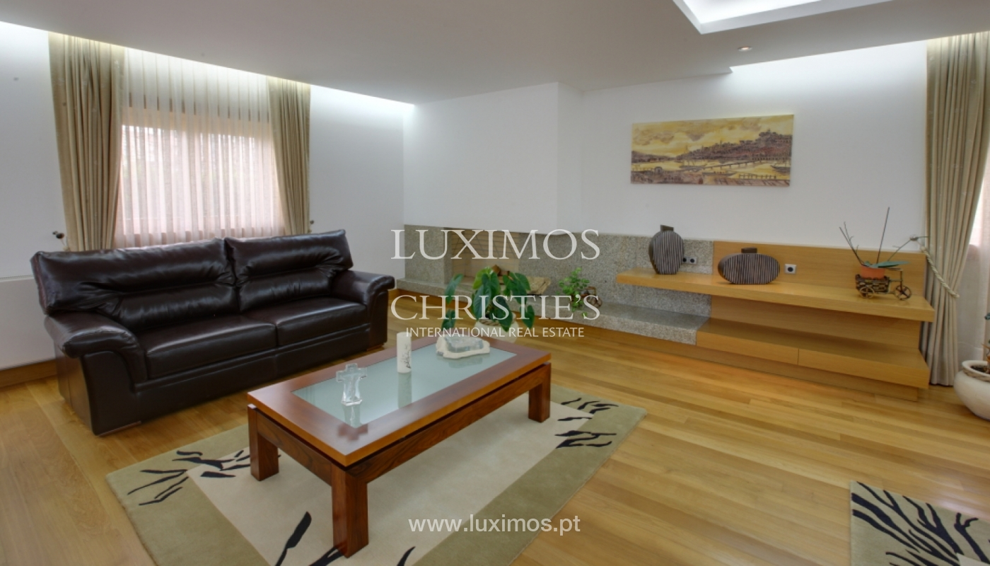 Villa with pool and garden, for sale, in Póvoa de Varzim, Portugal_22680
