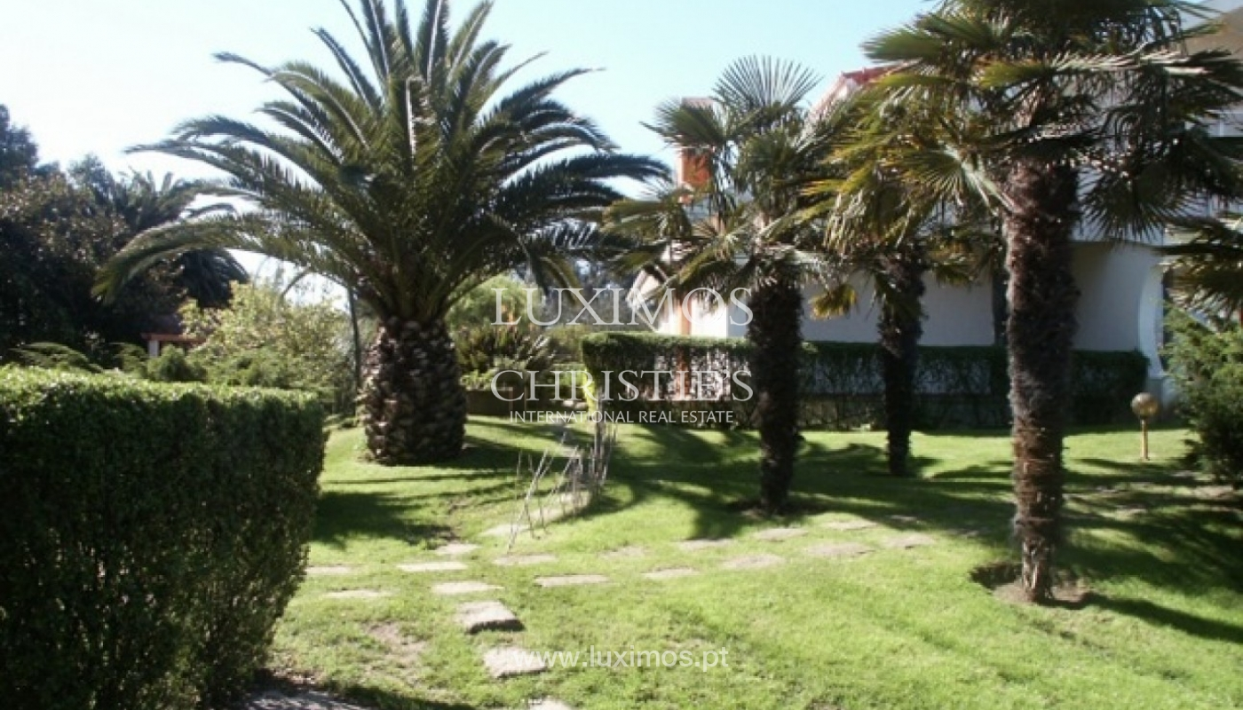 Sale of villa with garden and pool, by sea, in Porto, Portugal_2602