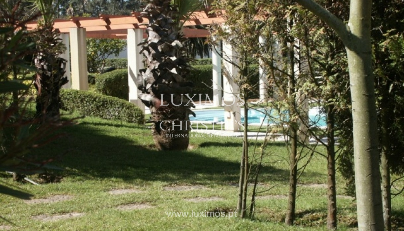 Sale of villa with garden and pool, by sea, in Porto, Portugal_2605
