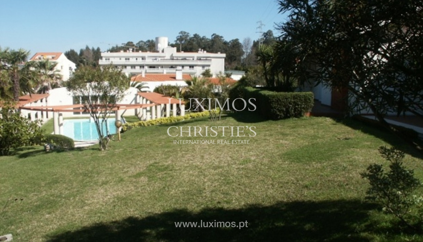 Sale of villa with garden and pool, by sea, in Porto, Portugal_2608