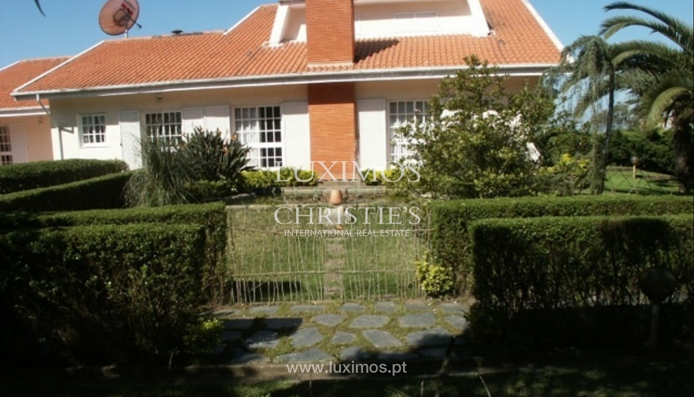Sale of villa with garden and pool, by sea, in Porto, Portugal_2619