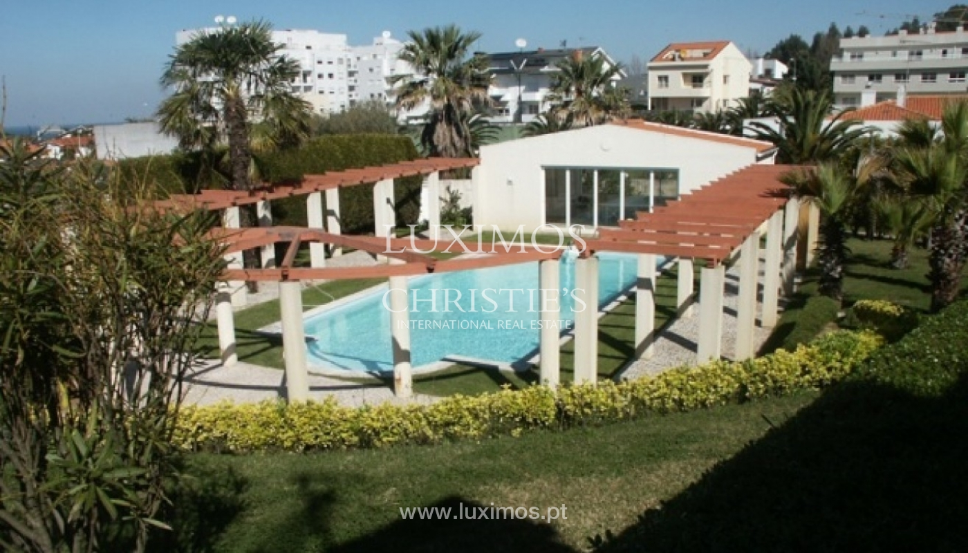Sale of villa with garden and pool, by sea, in Porto, Portugal_2633