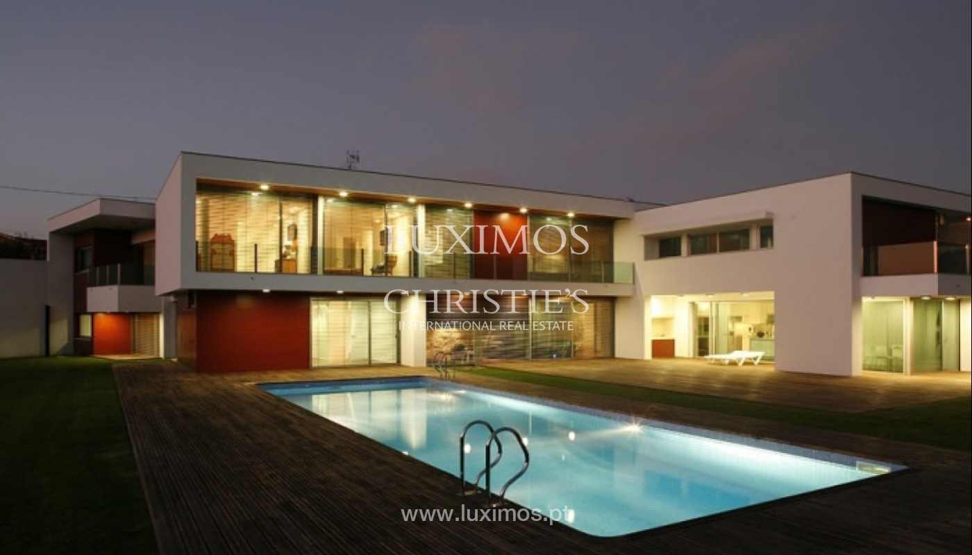 Modern and luxury villa with garden and swimming pool, Porto, Portugal_27668