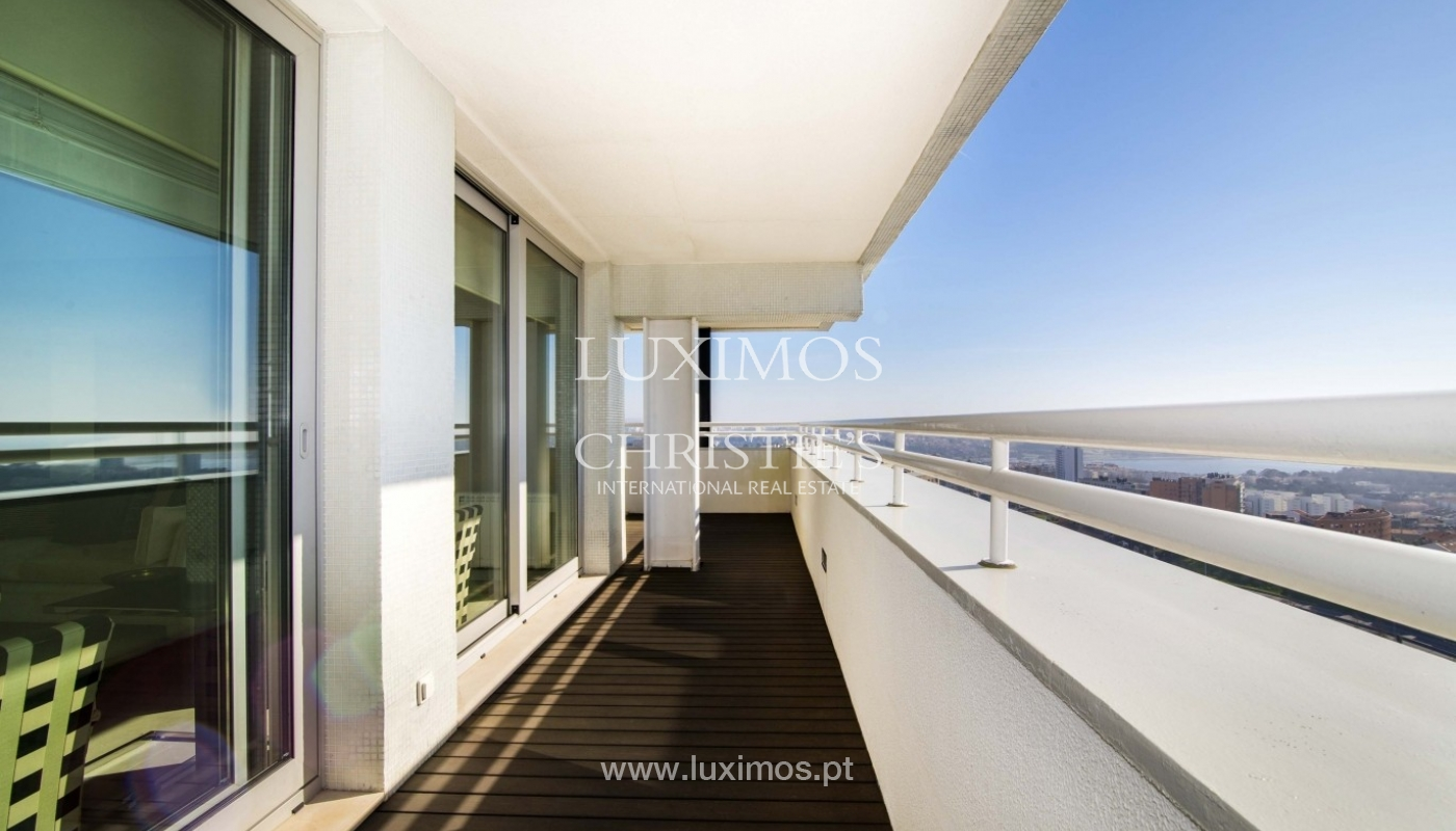 Apartment for sale, with a view to the city and beaches, Porto, Portugal_28134
