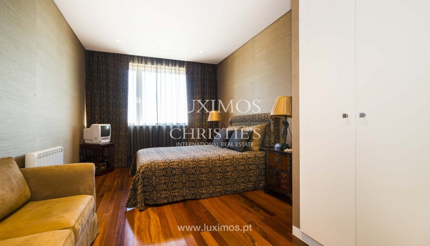 Apartment for sale, with a view to the city and beaches, Porto, Portugal_28141