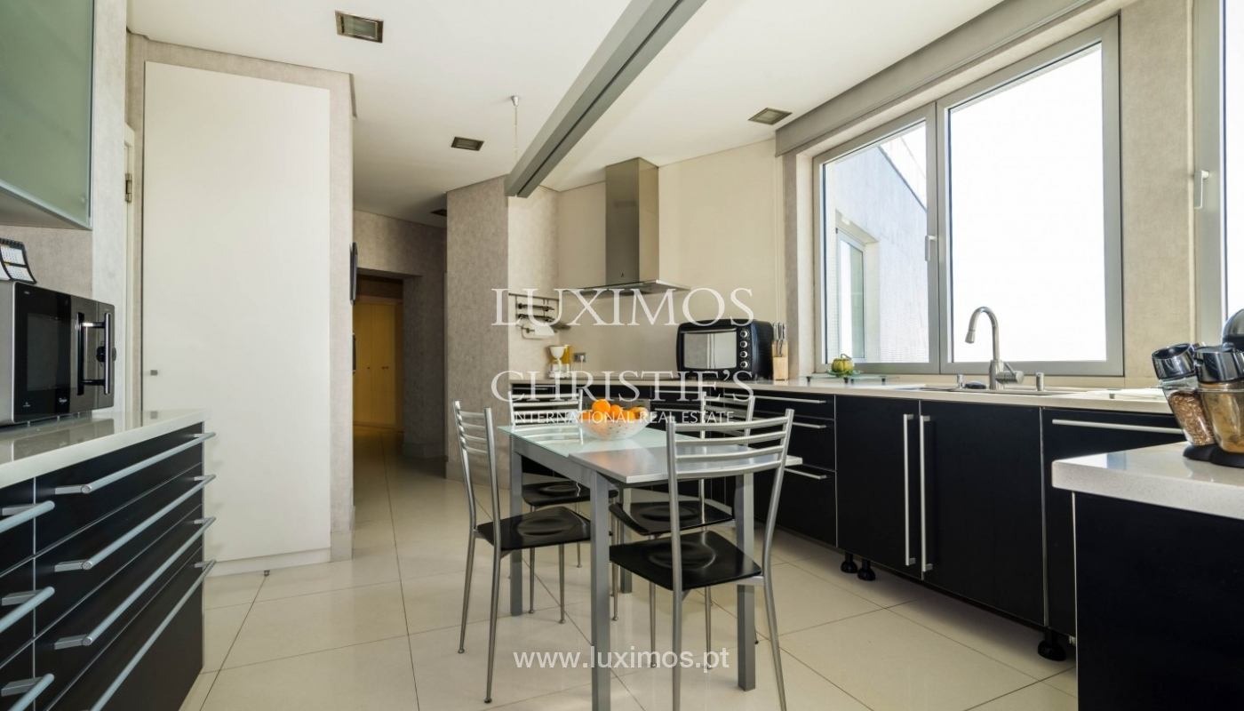 Apartment for sale, with a view to the city and beaches, Porto, Portugal_28151