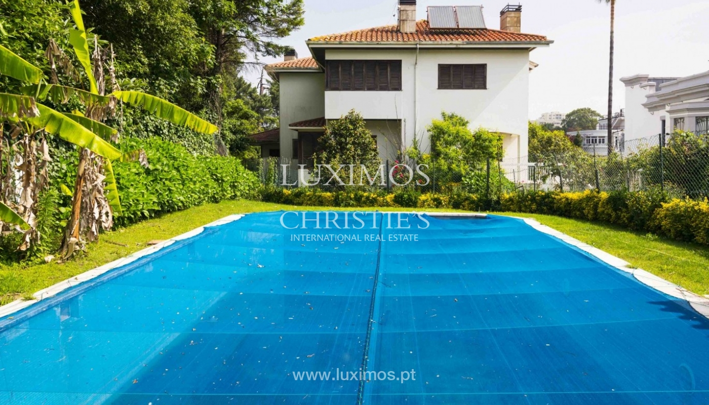 Venda de moradia de 4 frentes, com jardim e piscina, Boavista, Porto_29669