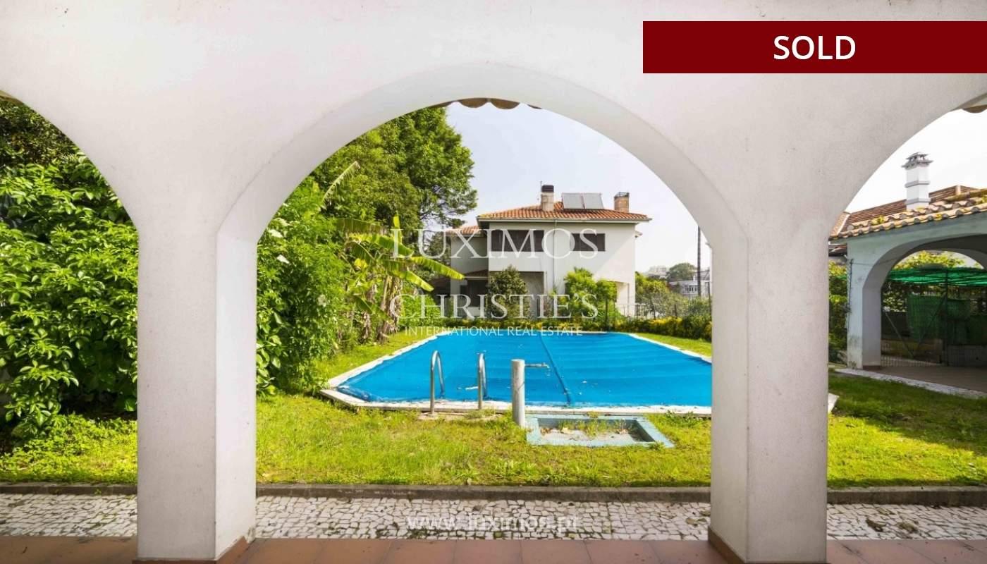Venda de moradia de 4 frentes, com jardim e piscina, Boavista, Porto_29670