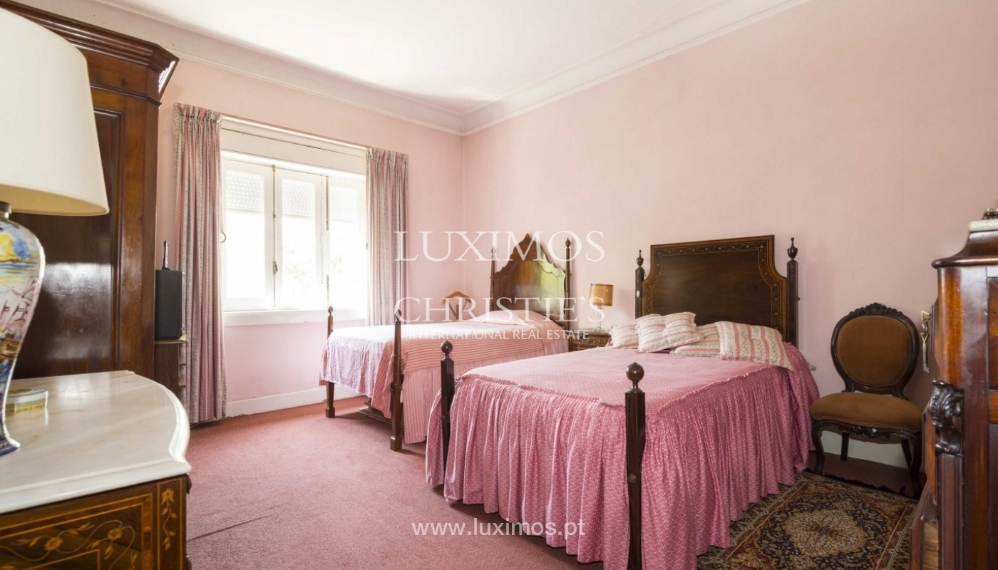 House for sale with british architecture, with garden, Porto, Portugal_30638