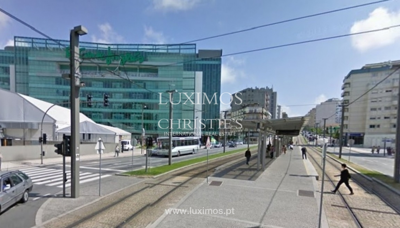 Shop-in premium-Lage, Vila Nova de Gaia, Portugal_30846