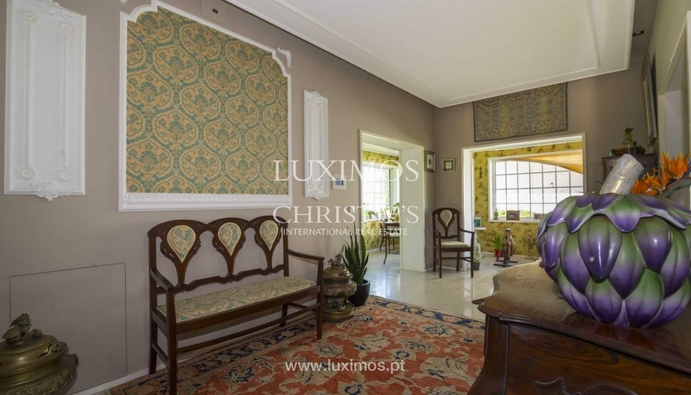 Luxury villa with garden and swimming pool, Porto, Portugal_31253