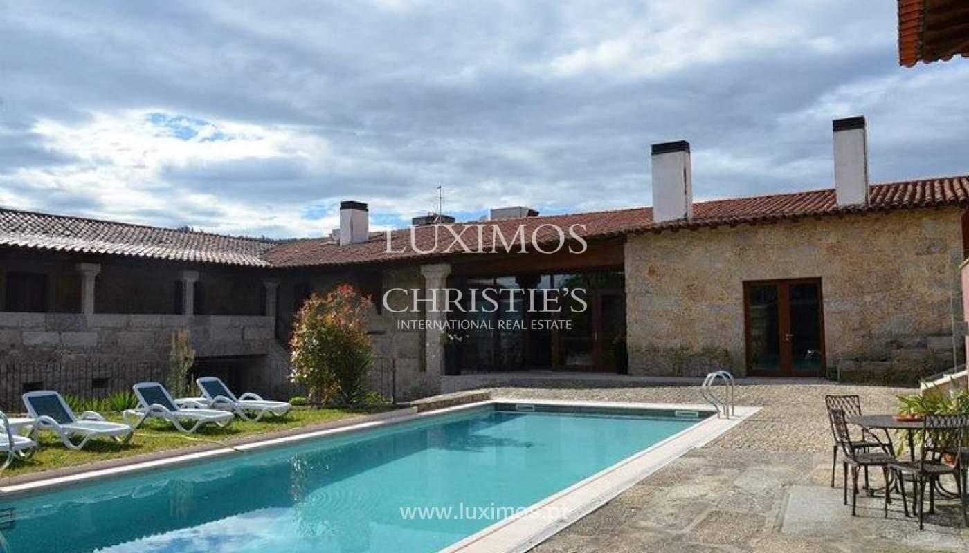 Hotel rural con piscina y jardín, Braga, Portugal_35974