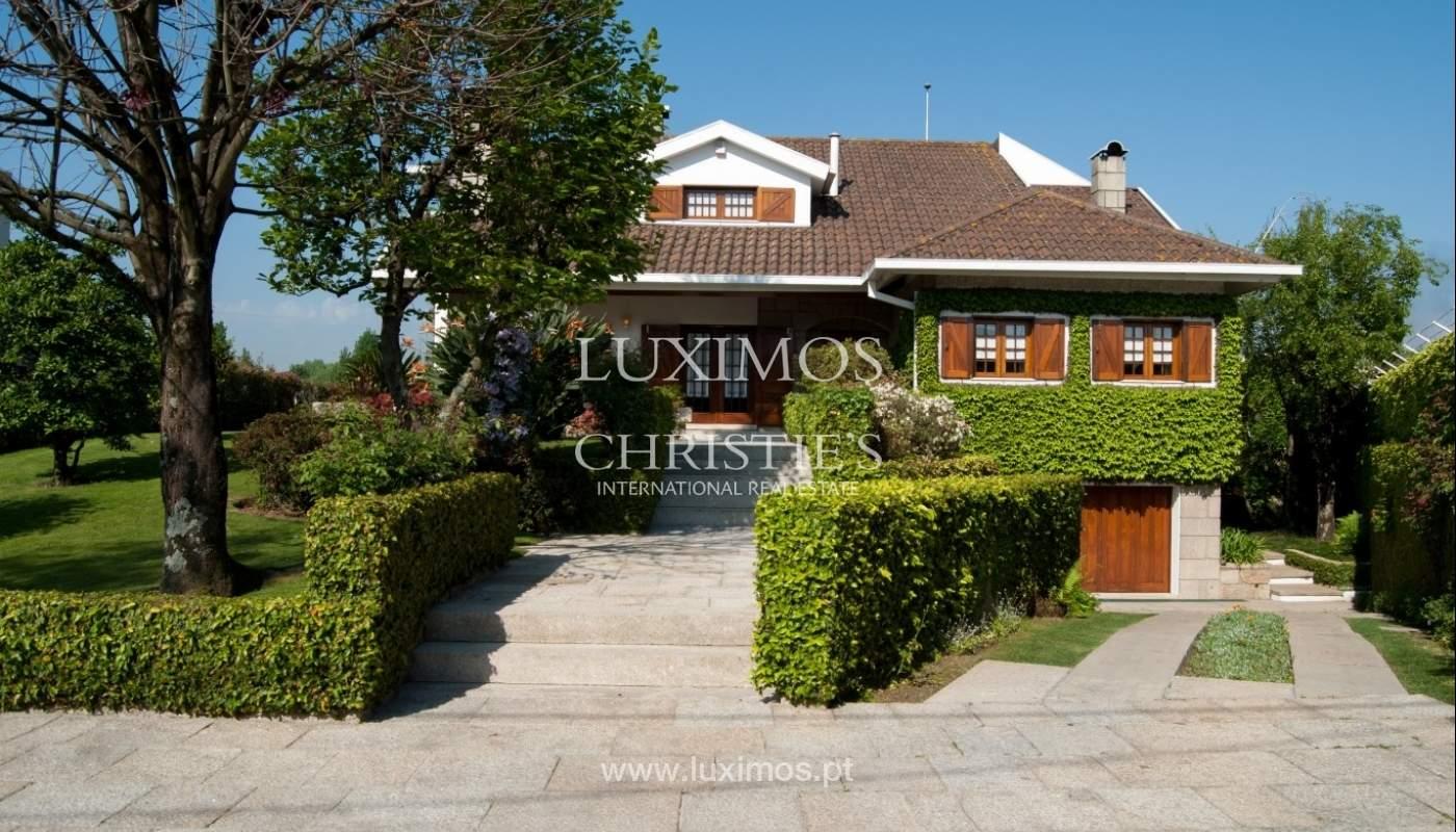 Verkauf-villa 4 Fronten mit Garten, Ermesinde, Porto, Portugal _36192