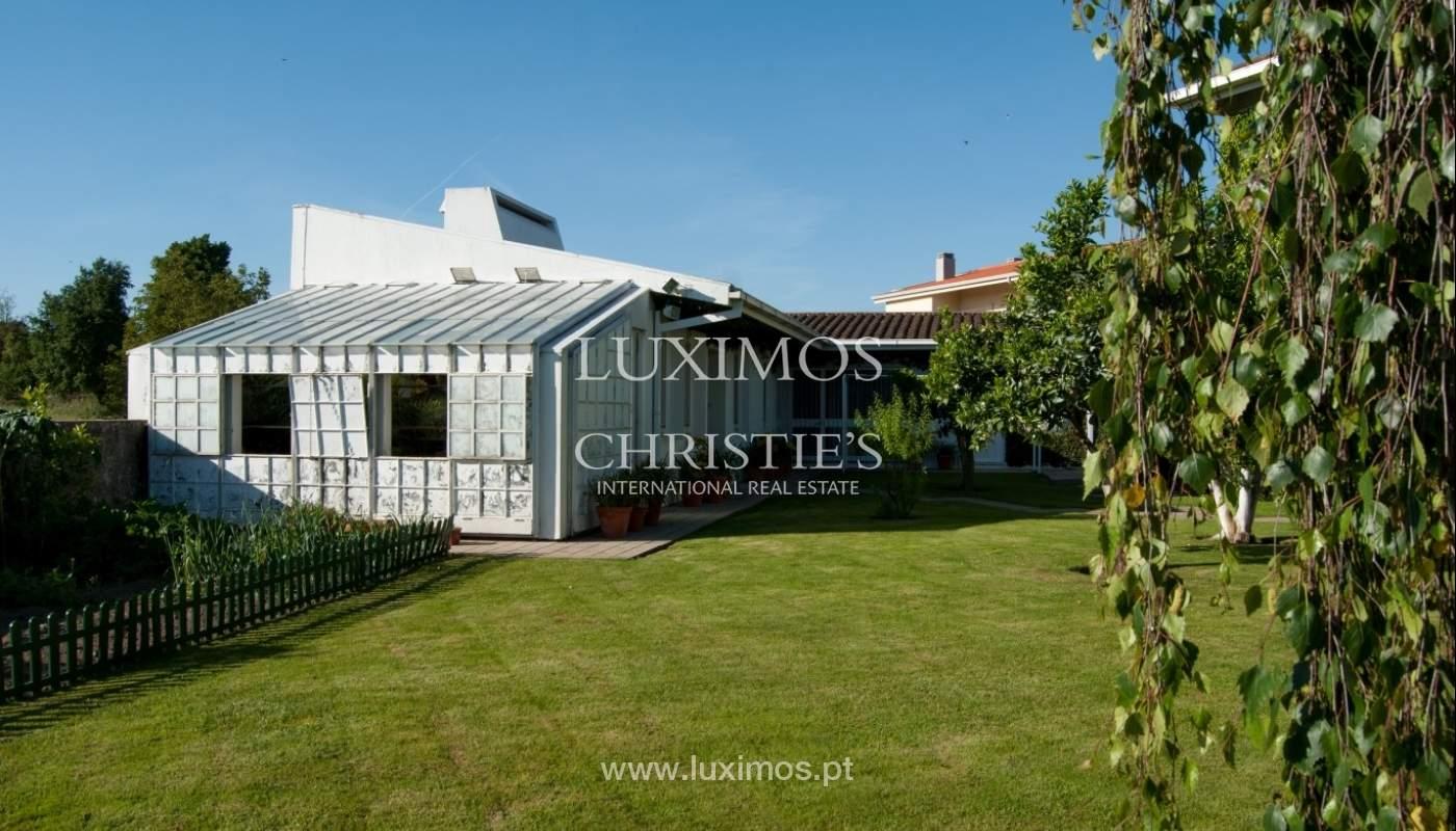 Verkauf-villa 4 Fronten mit Garten, Ermesinde, Porto, Portugal _36205