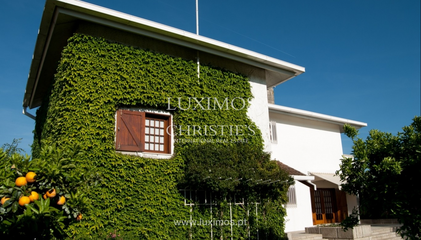 Venda de moradia de 4 frentes, com jardim, Ermesinde, Porto, Portugal _36206