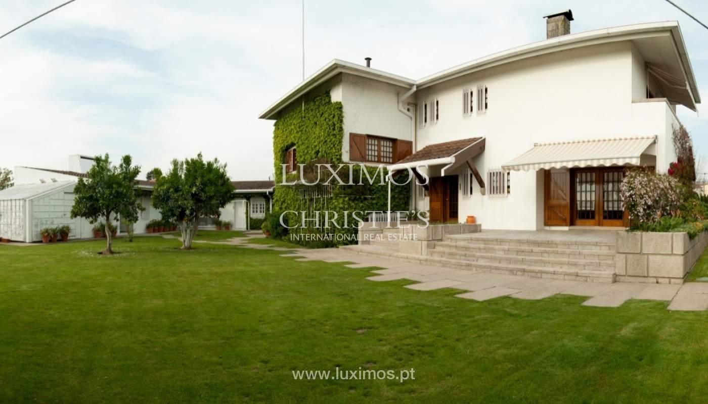 Verkauf-villa 4 Fronten mit Garten, Ermesinde, Porto, Portugal _36223