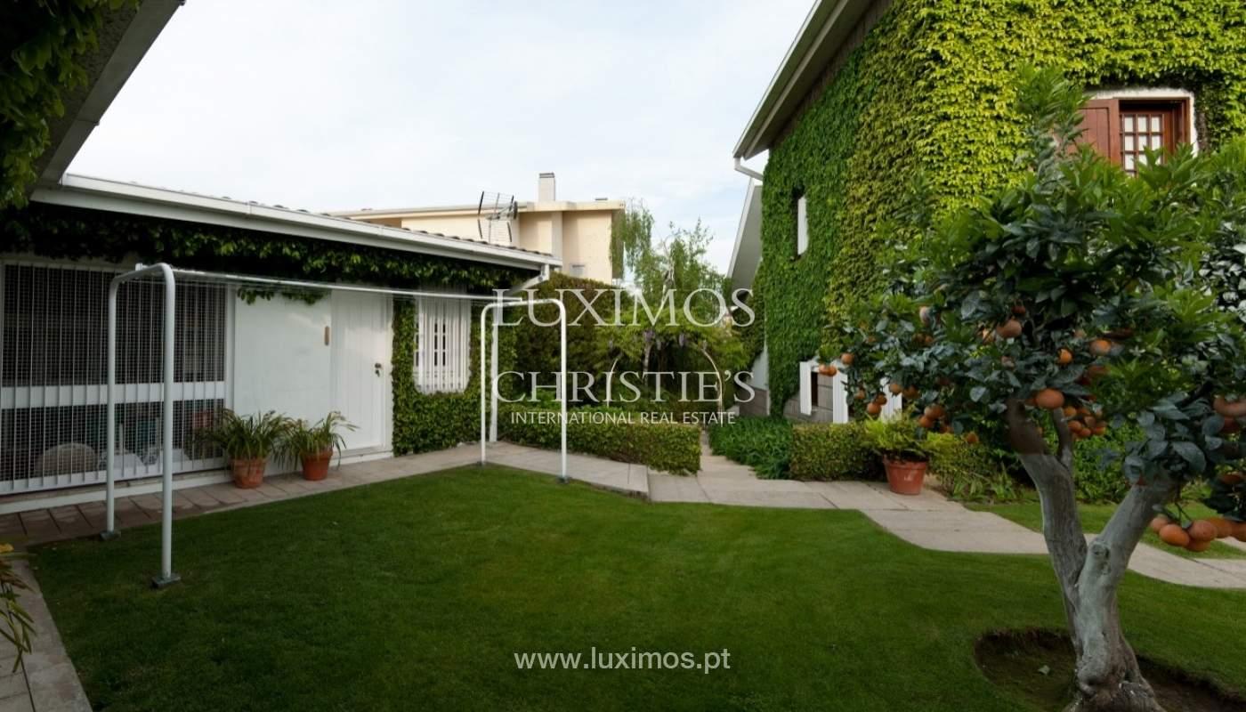 Venda de moradia de 4 frentes, com jardim, Ermesinde, Porto, Portugal _36225