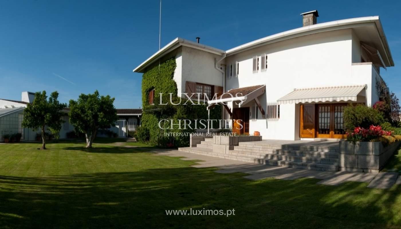 Verkauf-villa 4 Fronten mit Garten, Ermesinde, Porto, Portugal _36226