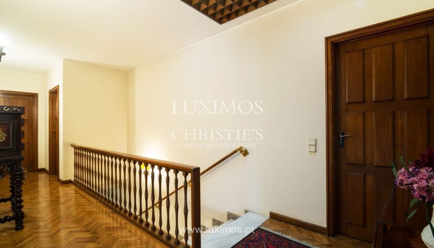 Villa for sale with river views, garden and porch, Porto, Portugal_38971