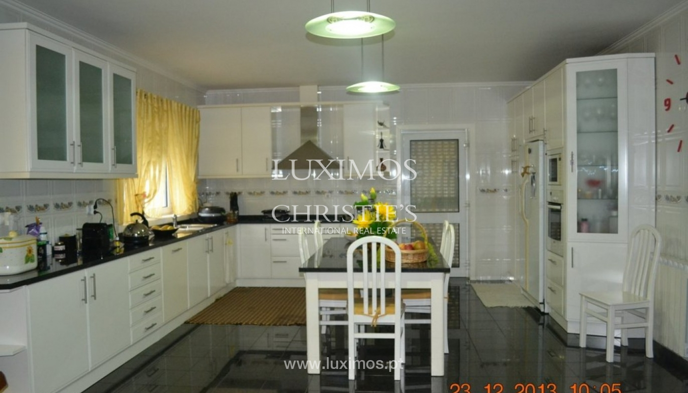 House of 4 fronts, for sale, with plot of land, Porto, Portugal_39594