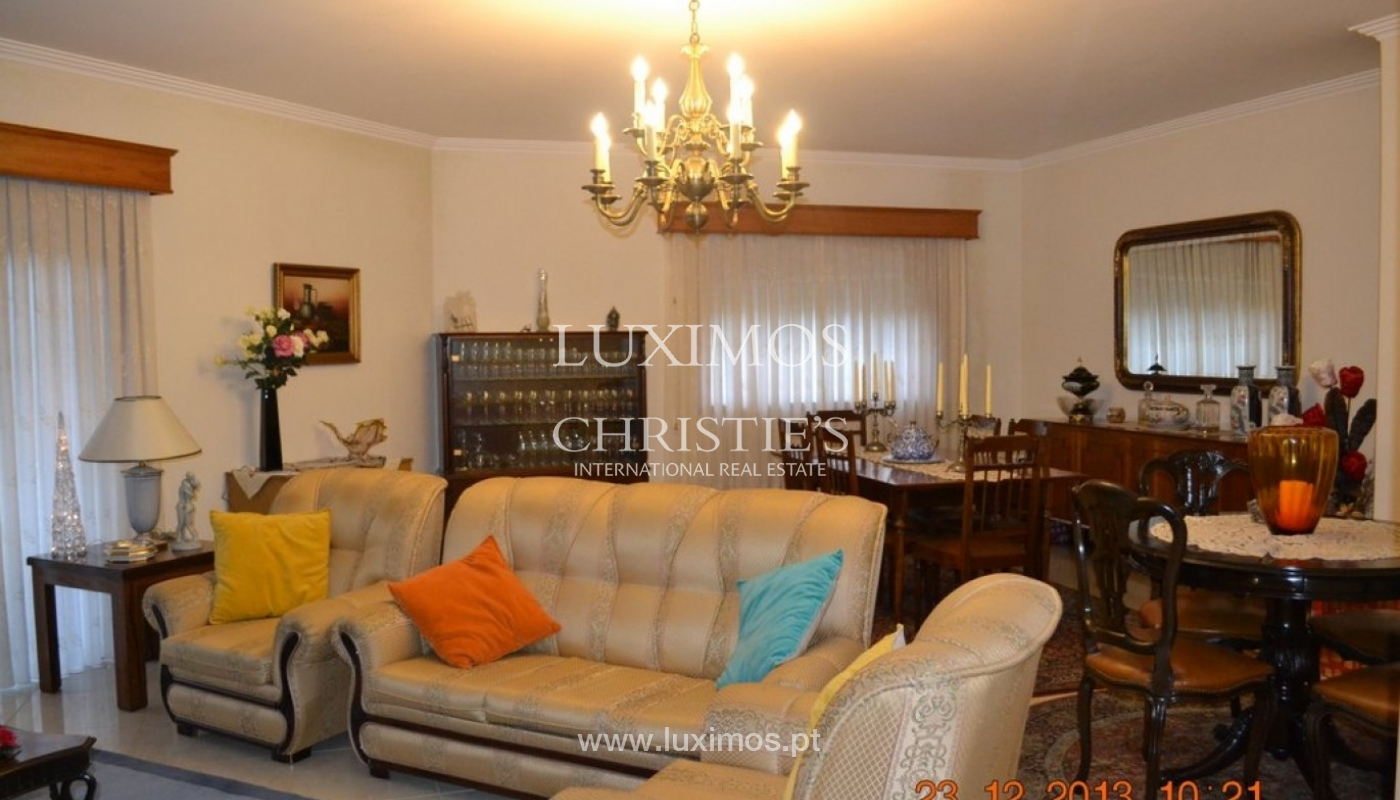 House of 4 fronts, for sale, with plot of land, Porto, Portugal_39600