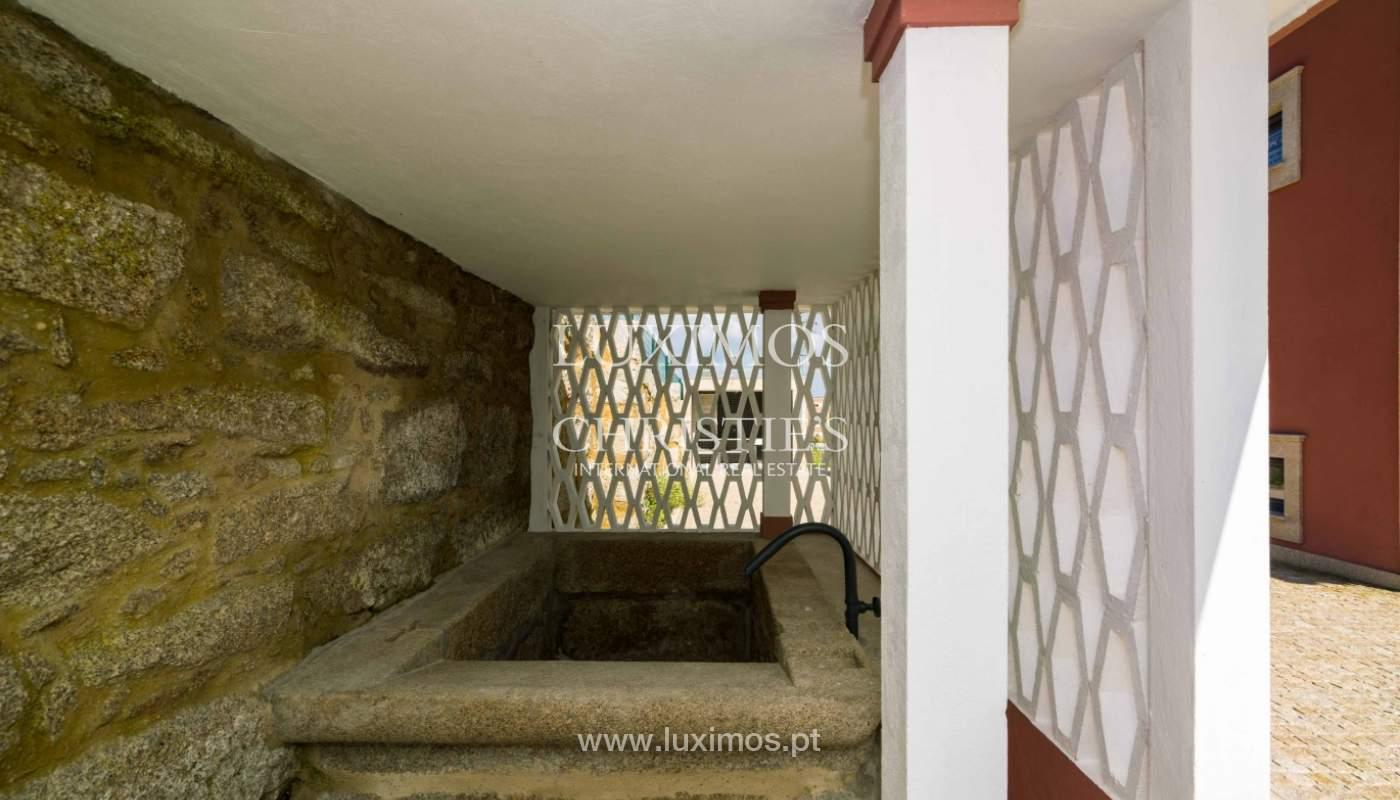 Venda de moradia nova com piscina, no Castêlo da Maia_41467