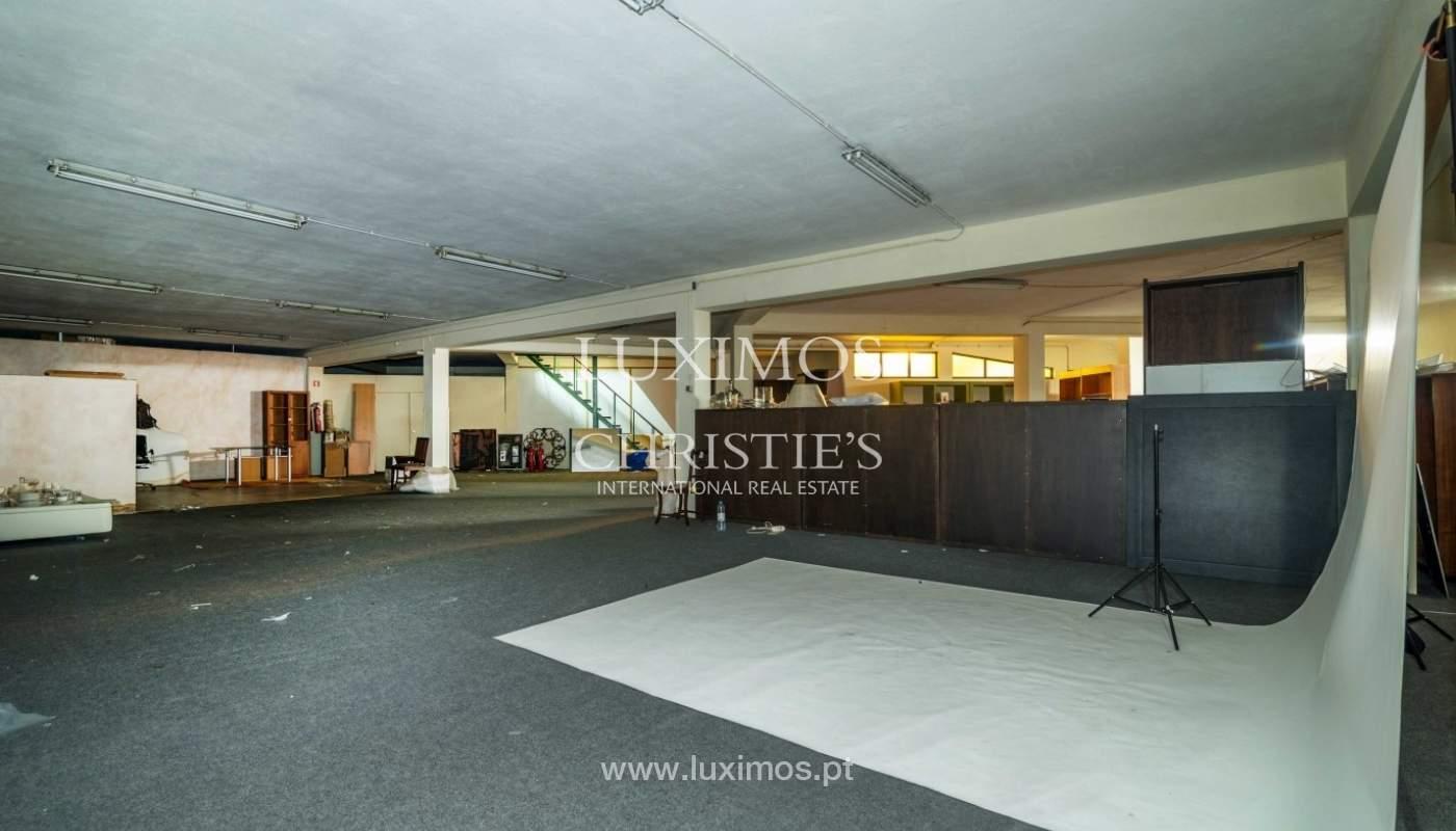 Prédio com projeto para construção de hotel, Marginal do Freixo, Porto_43679