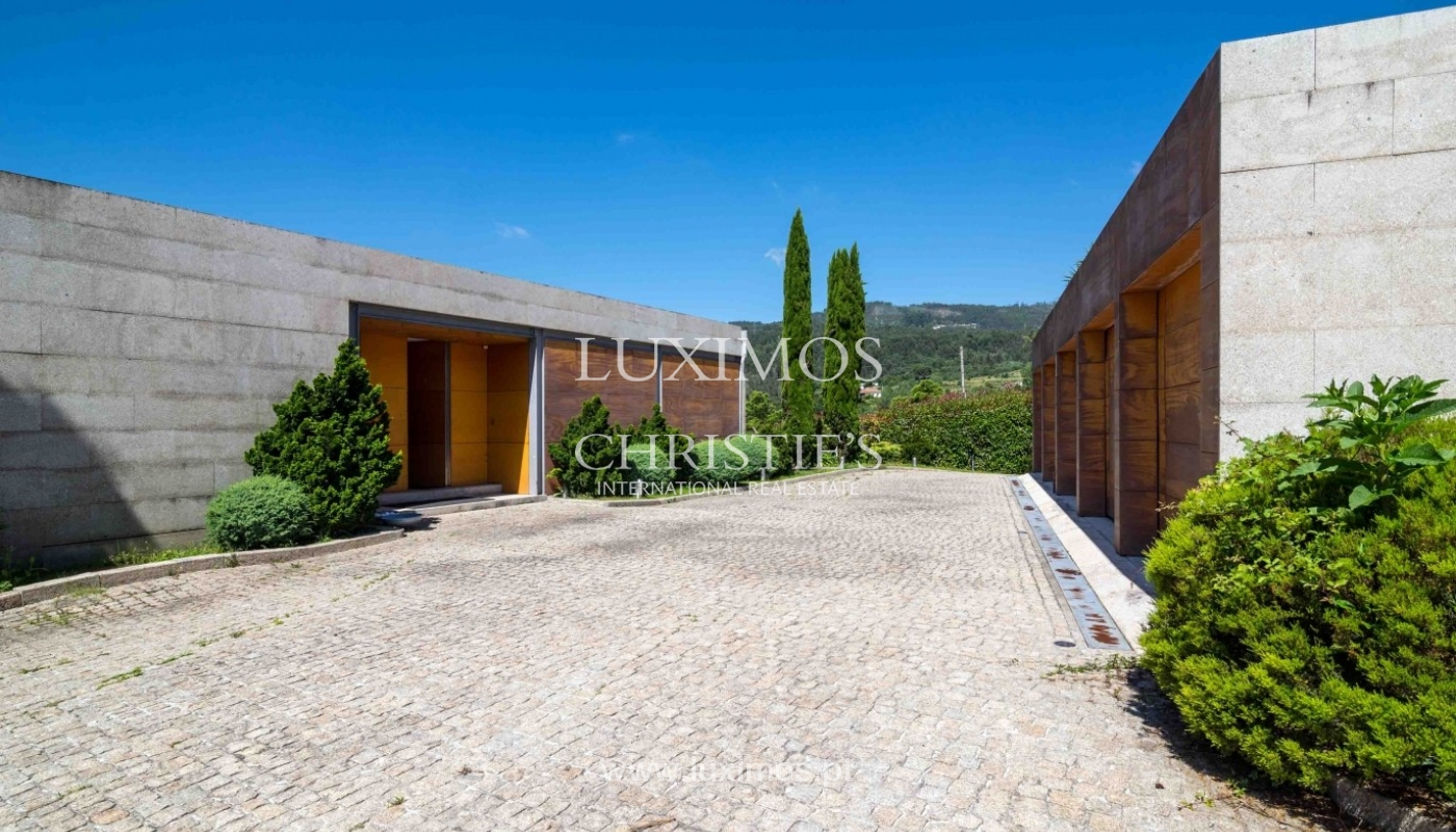 Luxury and modern villa, with river views, Penafiel, Portugal_44238