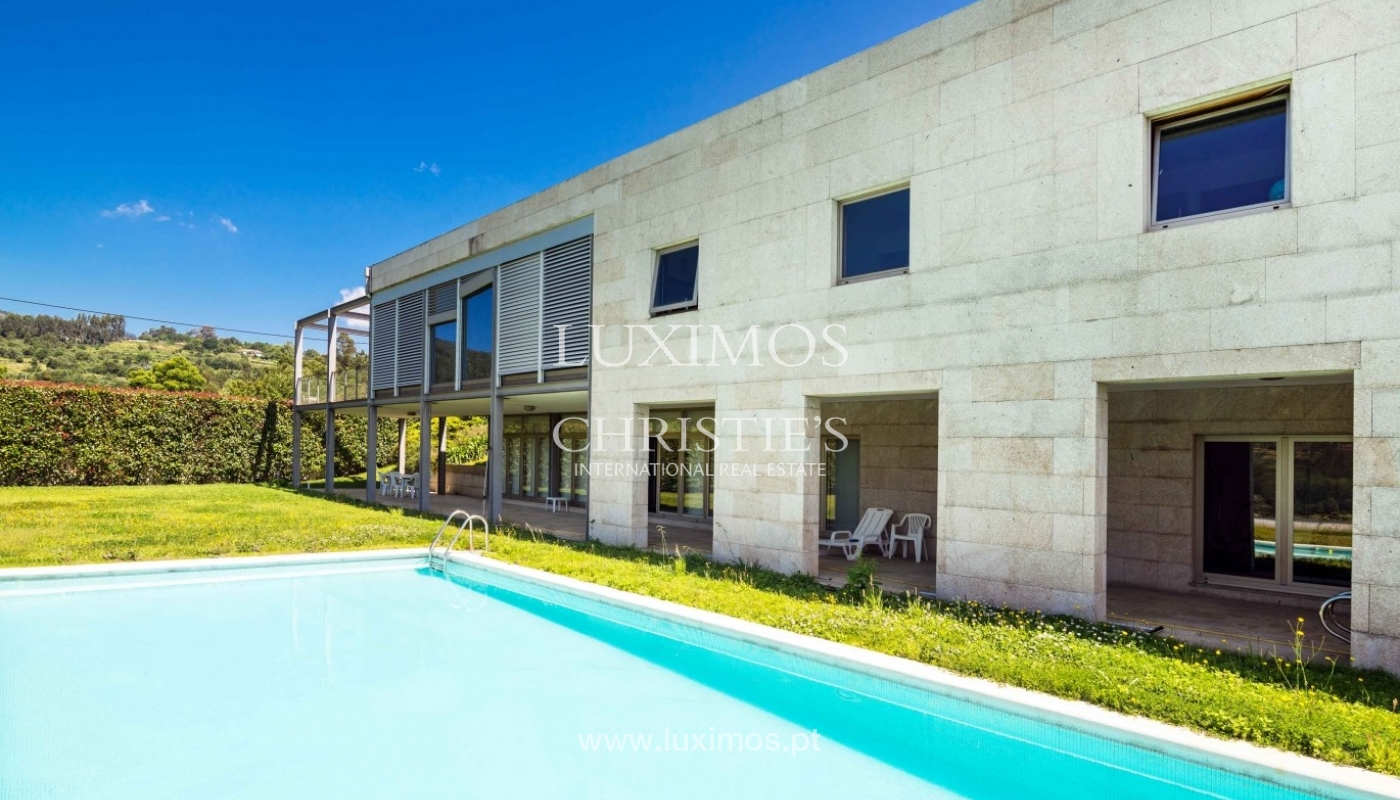 Luxury and modern villa, with river views, Penafiel, Portugal_44241