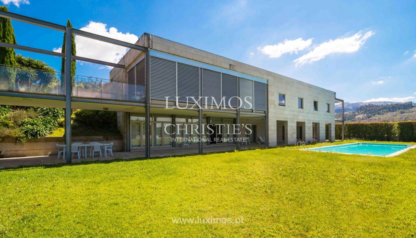 Luxury and modern villa, with river views, Penafiel, Portugal_44243