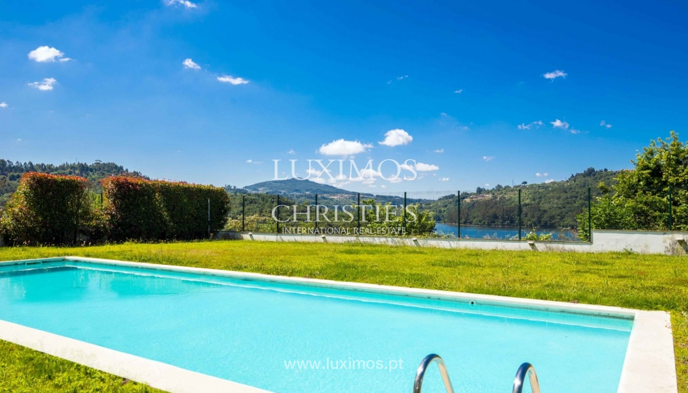 Luxury and modern villa, with river views, Penafiel, Portugal_44246