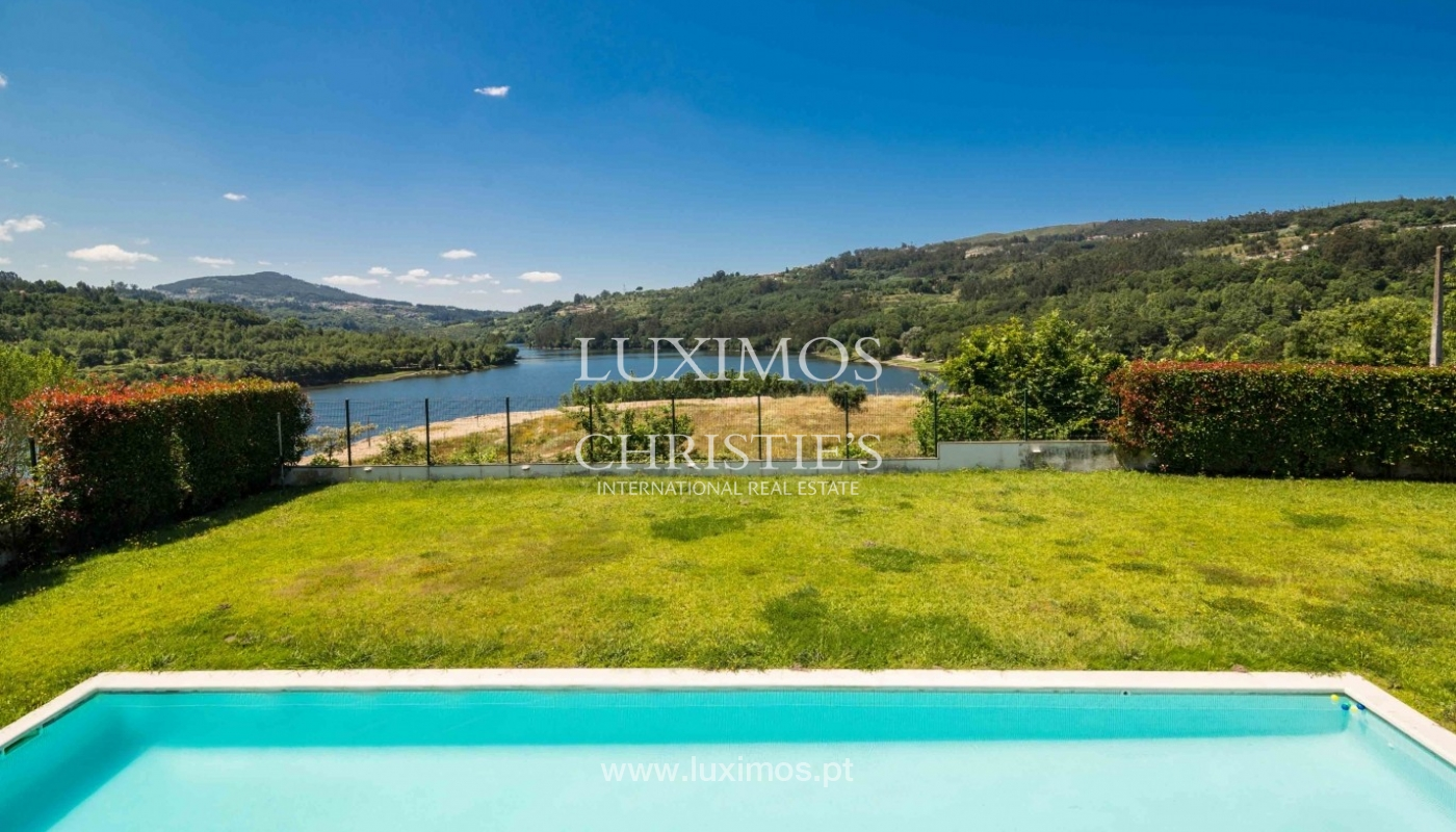 Luxury and modern villa, with river views, Penafiel, Portugal_44260