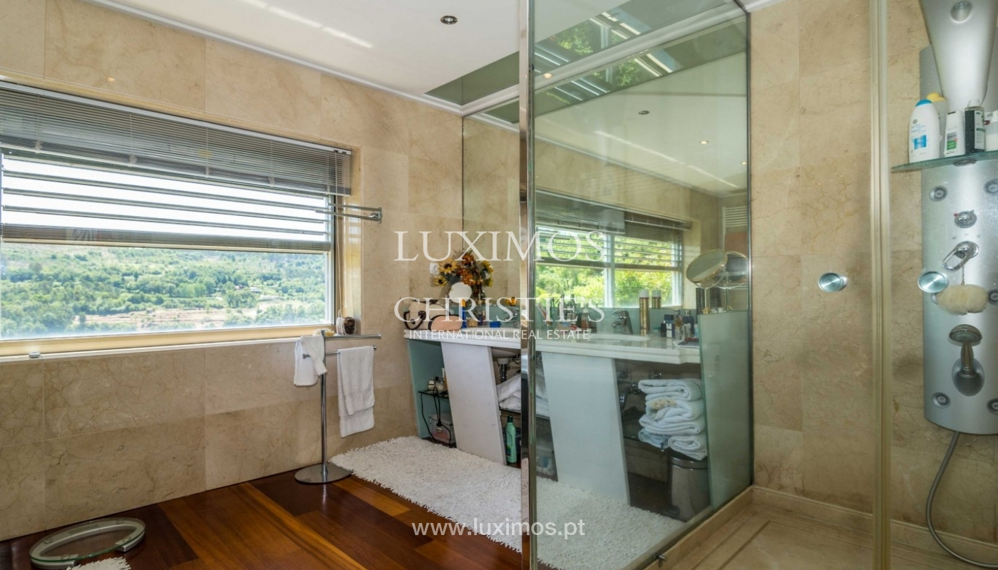 Luxury and modern villa, with river views, Penafiel, Portugal_44278