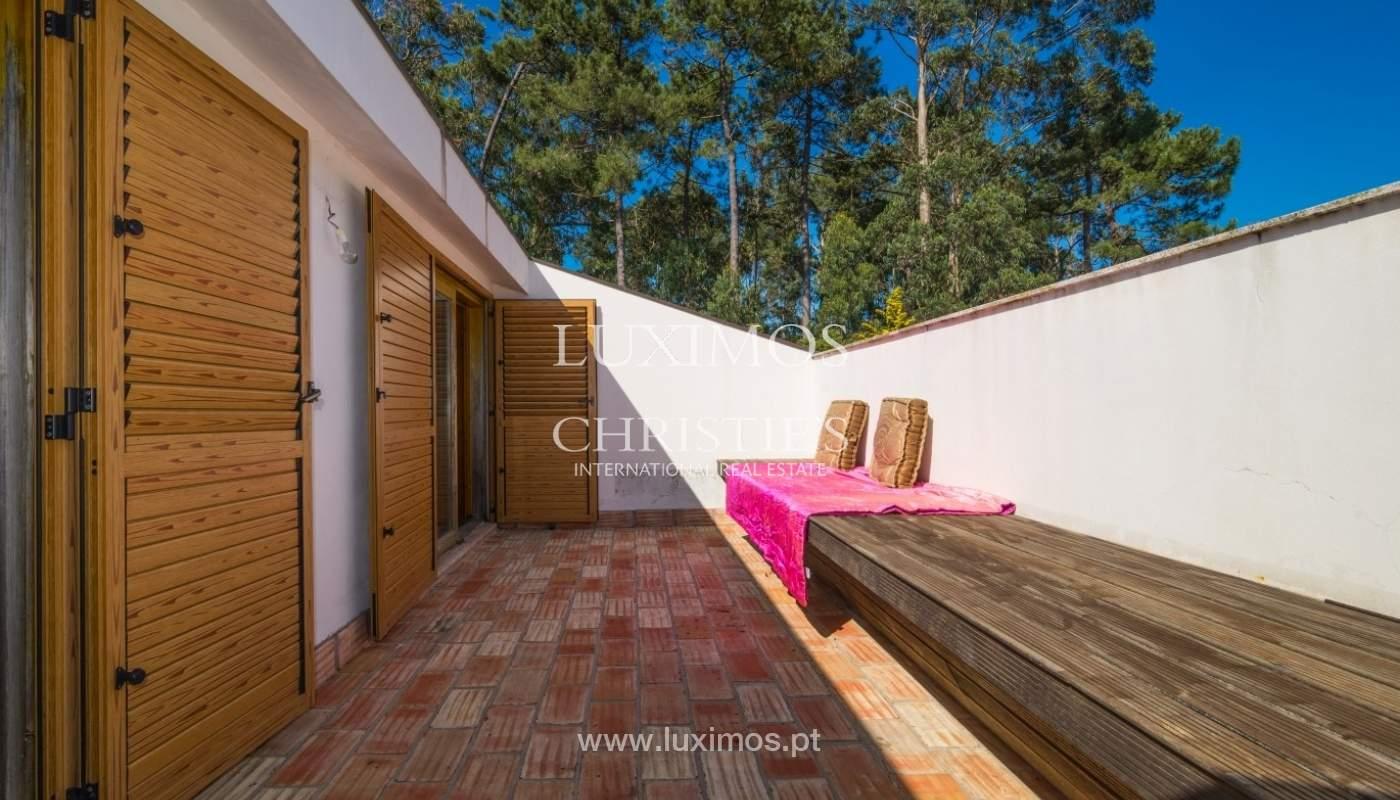 Chalet con terraza, jardín y piscina, Esposende, Portugal_44747