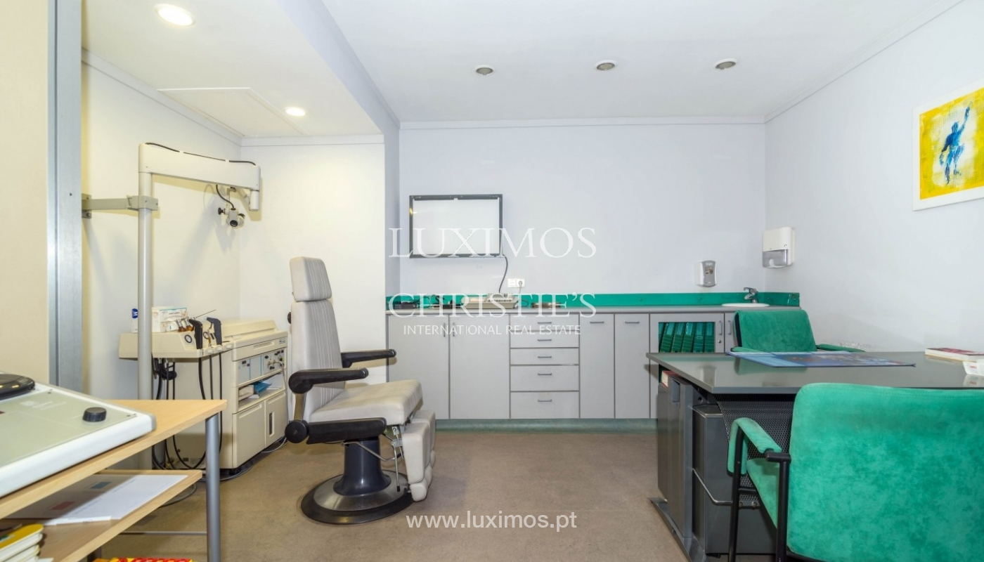 Office/Clinic in a central location, Lordelo do Ouro, Porto, Portugal_44771