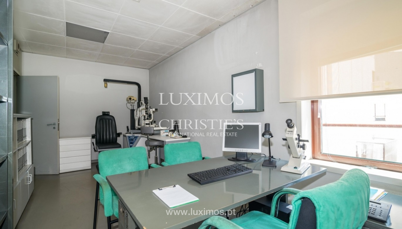Office/Clinic in a central location, Lordelo do Ouro, Porto, Portugal_44781